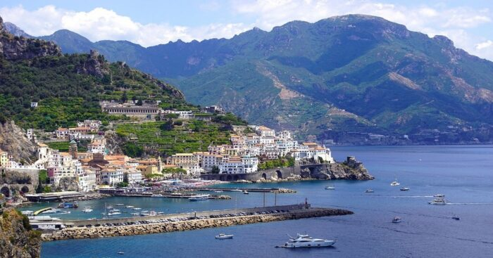 Traveling to Amalfi, in Italy